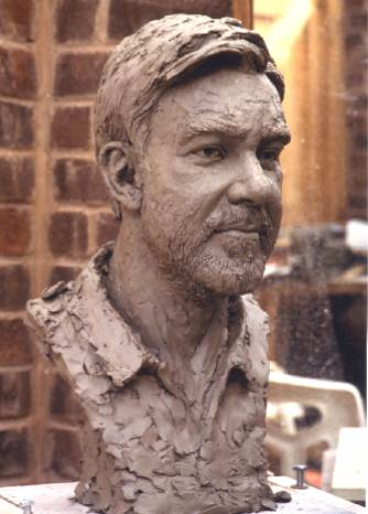 John McKenna sculpture A4A Art for Architecture www.a4a.com Earl of bradford bronze portrait b